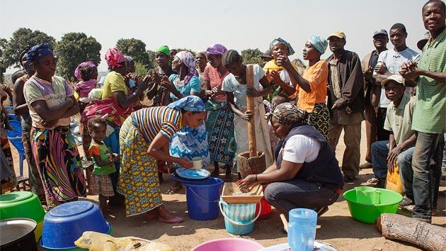 Realizamos los 2 primeros talleres de cocina comunitarias para luchar contra el hambre