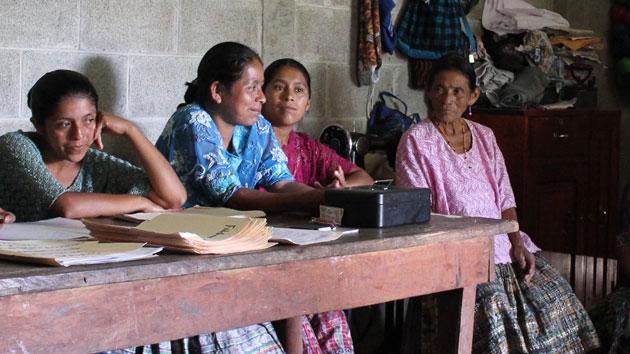 3 productos microfinancieros que cambian la vida de los más vulnerables