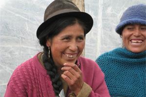 Acceso a servicios microfinancieros en zonas rurales: rompiendo las brechas tecnológicas