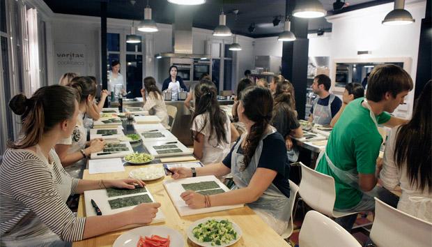 Experimenta y solidarízate con la cocina peruana solidaria
