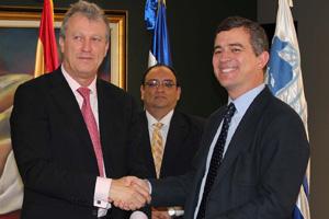 CODESPA y el BCIE firman un convenio para promover el desarrollo de Centroamérica