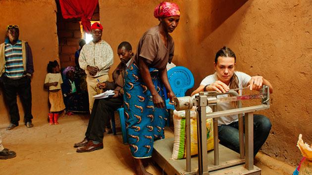 Cómo un simple bidón puede ganar la lucha contra el hambre en una familia