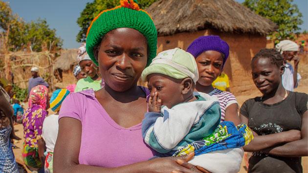 Las comunidades que dan a sus hijas las mismas oportunidades que a sus hijos, tienen más posibilidades de éxito