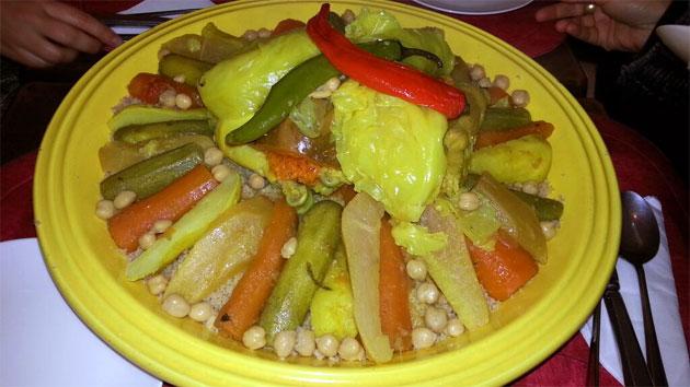 Cous cous, una comida típica para celebraciones en Marruecos