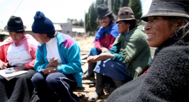 Profesores de la UNIR darán un curso de gestión financiera a microempresarios ecuatorianos