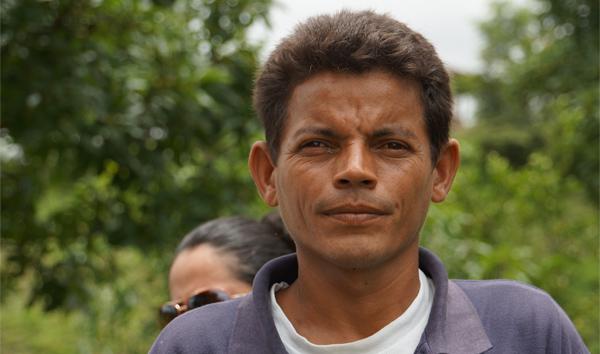"""Dennis: """"Este proyecto ha causado en mí un fuerte impacto tanto económico como ambiental"""" #unahistoriaquecontar"""