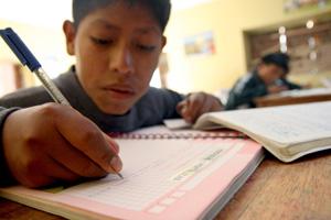 Redyser colabora con nosotros en un proyecto de educación rural en Perú