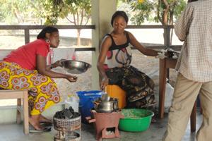 Se prueban las estufas ecológicas en Kinshasa