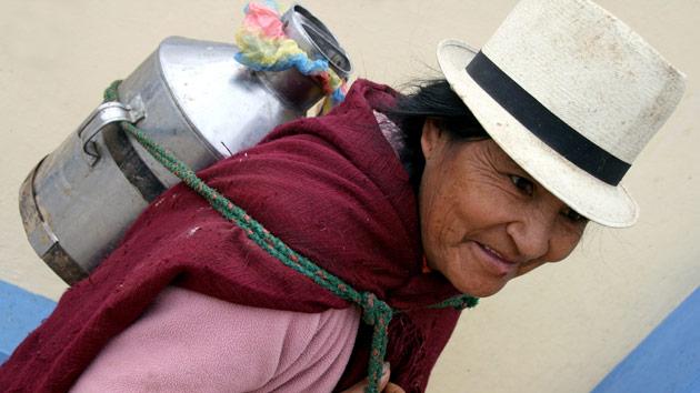 200 familias campesinas vulnerables en Ecuador mejoran su acceso a financiación