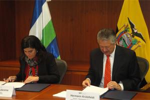 Firmamos un acuerdo con el CAF Banco de Desarrollo de América Latina para potenciar las cadenas de valor