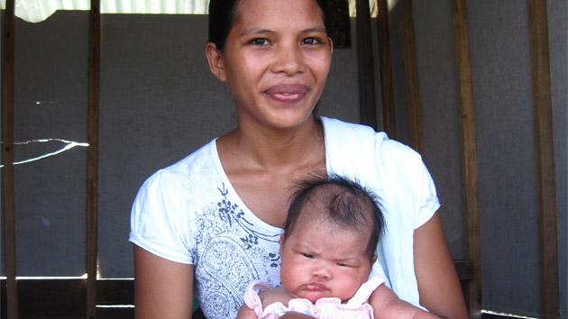 Gracias al cultivo de algas he podido pagar el parto de mi primera hija, Mary Rose #unahistoriaquecontar