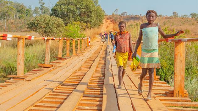 La situación de los niños de Angola, una realidad por cambiar