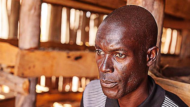 Luciano, la historia de las escuelas en Caála (Angola)