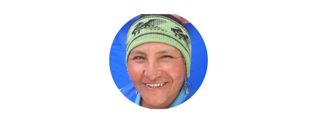 Isabel artesana del Salar Uyuni