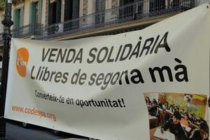 ¡Vendemos 1.600 libros solidarios el Día de Sant Jordi!