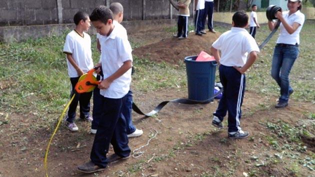 Más de 1.400 estudiantes mejoran su alimentación gracias a los huertos escolares en Nicaragua