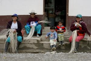 Descubre, gracias al turismo comunitario, la Nariz del Diablo en el tren más antiguo de Ecuador