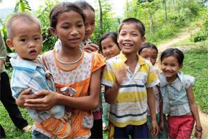Cementos Molins nos apoya en dos proyectos en Vietnam y República Dominicana